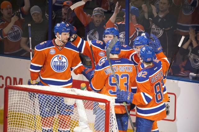 Patrick Maroon a inscrit deux buts et les Oilers d'Edmonton ont signé une... (PHOTO PC)