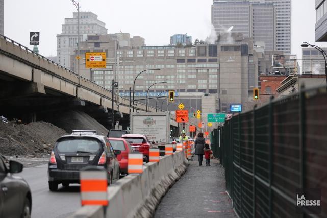 La Ville de Montréal prévoit réaliser en2016 plus... (PHOTO MARTIN CHAMBERLAND, LA PRESSE)