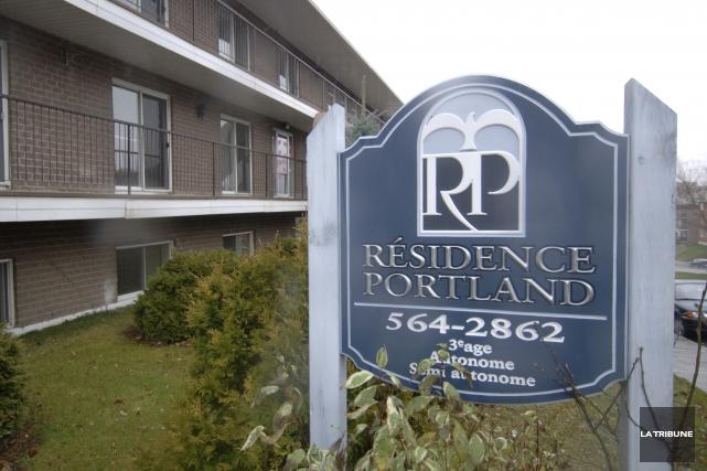 Les travailleurs syndiqués de la résidence Portland ont adopté à 100 pour cent... (Archives La Tribune)