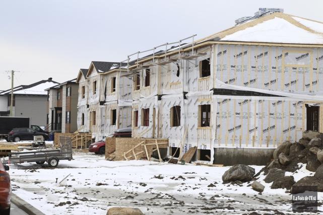 L'industrie de la construction a repris de la... (Janick Marois, La Voix de l'Est)