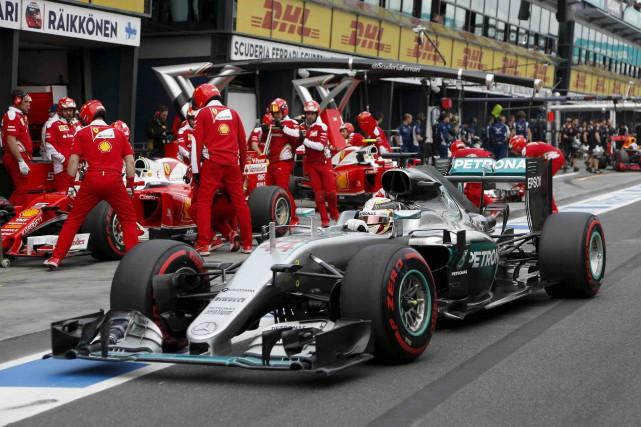 La domination des Mercedes avait incité la plupart... (AP, Rob Griffith)