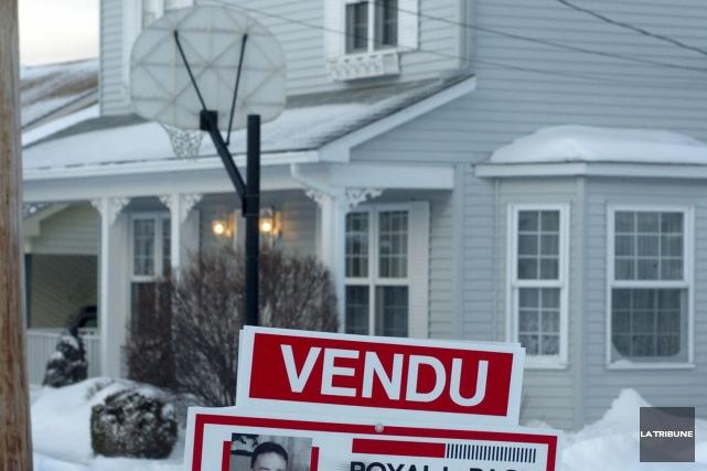 La demande pour des maisons à deux étages... (Archives, La Tribune)