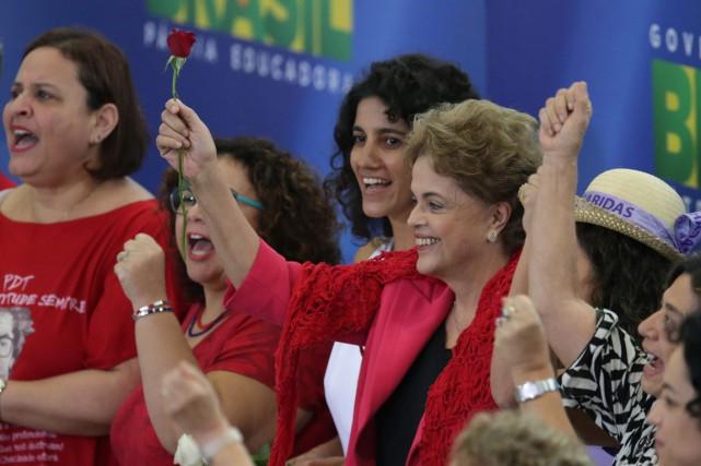 La présidente du Brésil Dilma Rousseff lors d'un... (Photo Eraldo Peres, AP)