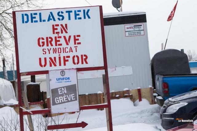 La grève se poursuit chez Delastek.... (Olivier Croteau, Le Nouvelliste)