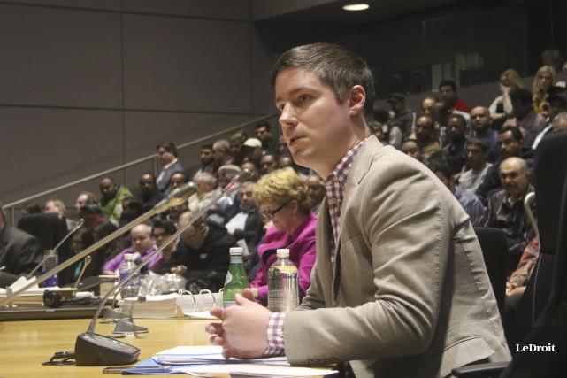 Chris Schafer, directeur des politique publiques d'Uber Canada,... (Etienne Ranger, LeDroit)