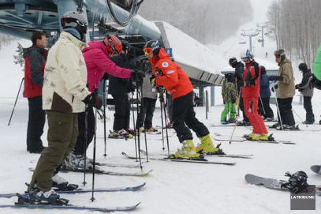 Les stations Mont Orford, Ski Bromont et Mont Sutton ont toutes les trois rendu... (Archives La Tribune)