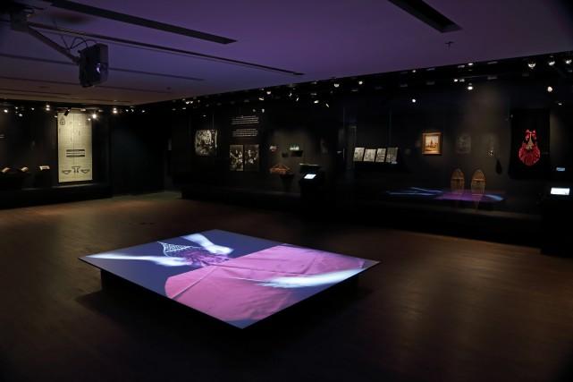 Vue de l'exposition Decolonial Gestures or Doing it... (PHOTOMARILYN AITKEN, FOURNIE PAR LE MUSÉE MCCORD)