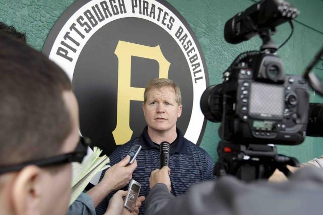Le directeur général des Pirates de Pittsburgh, Neal... (Archives AP, Chris O'Meara)