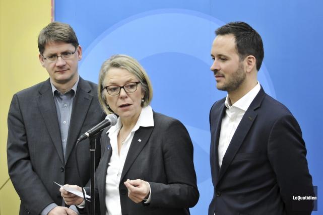Les députés Sylvain Gaudreault et Stéphane Bédard ont... (Photo Le Quotidien, Rocket Lavoie)