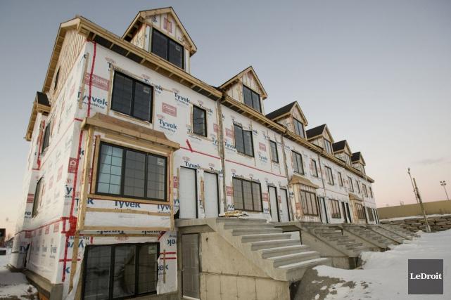 La tendance des mises en chantier d'habitations a progressé en mars, et ce,... (Archives LeDroit)