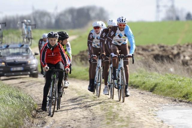 Hugo Houle participera à son quatrième Paris-Roubaix sur... (Yves Perret Médias)