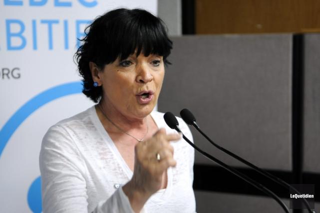 Hélène Girard, candidate caquiste à l'élection partielle dans... (Archives Le Quotidien, Mariane L. St-Gelais)