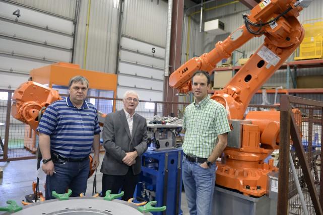 Yves Dallaire, technicien en mécanique et concepteur principal,... (Photo Le Progrès-Dimanche, Jeannot Lévesque)