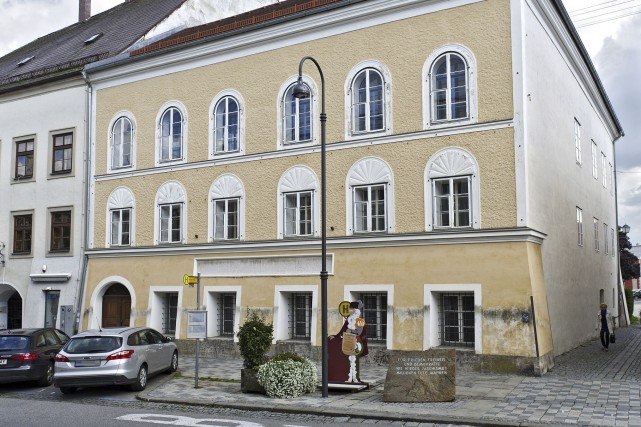 L'Autriche veut saisir la maison natale d'Adolf Hitler... (AFP, Manfred Fesl)