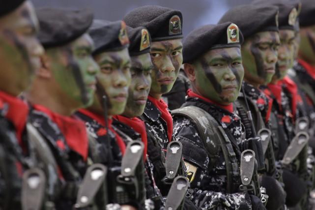 Des membres de l'armée des Philippines.... (Photo AFP)