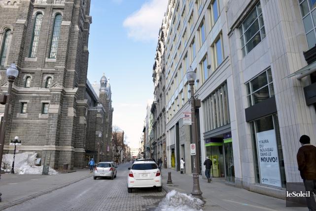 La rue Saint-Joseph est l'artère commerciale principale de... (Le Soleil, Jean-Marie Villeneuve)