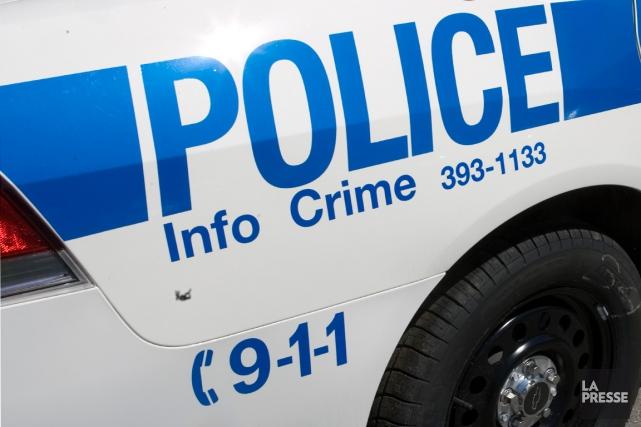 Les faux appels au 911 continuent d'être un problème pour la police au Canada,... (PHOTO ARCHIVES LA PRESSE)