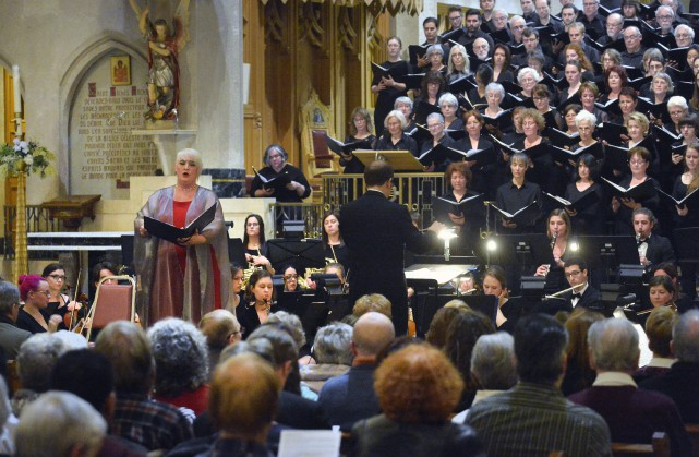 La soprano Catherine Elvira Chartier et le baryton-basse... (Spectre média, Maxime Picard)