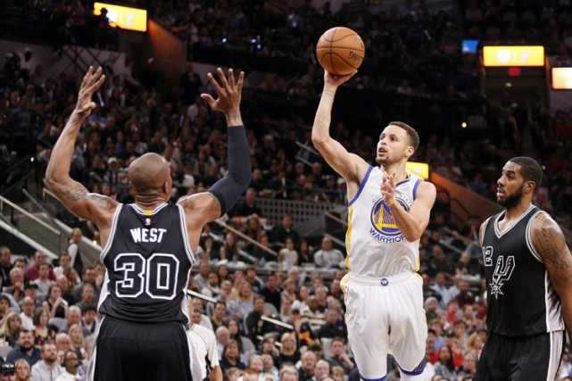 Stephen Curry a contrôlé le jeu grâce à... (PHOTO REUTERS)
