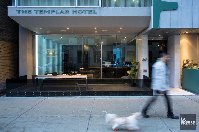 L'entrée de l'hôtel Templar est située dans la... (PHOTO MARTIN LEBLANC, LA PRESSE)