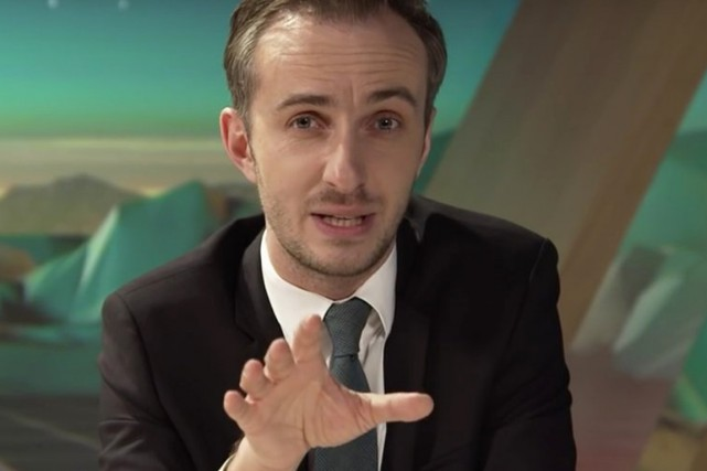 L'humoriste Jan Böhmermann, qui se plaît à commenter... (PHOTO SPUTNIKNEWS.COM)