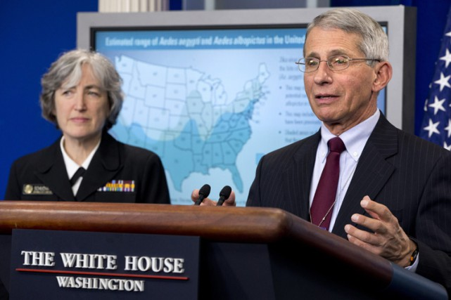 Le Dr. Anthony Fauci, directeur de l'Institut national... (PHOTO AP)