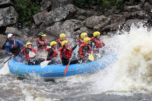 Plus d'une centaine de femmes pagayeront sur la rivière Mistassibi, à... (Photo courtoisie)