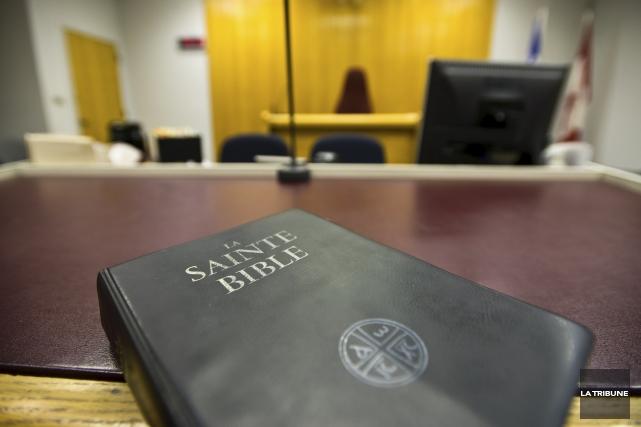 C'est un jury composé de sept femmes et cinq hommes qui sera chargé de... (Archives, La Tribune)