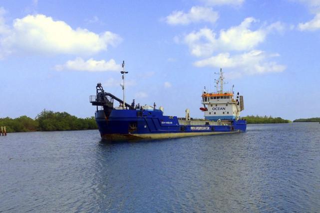 La drague Océan Traverse Nord à élinde traînante... (Fournie par Groupe Océan)