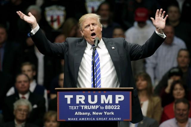 Donald Trump se plaint régulièrement des manoeuvres supposées... (AP, Mike Groll)