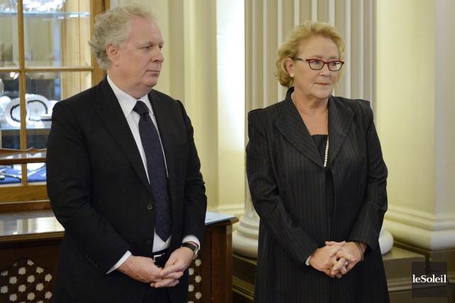 Les deux anciens premiers ministre Jean Charest et... (Le Soleil, Pascal Ratthé)