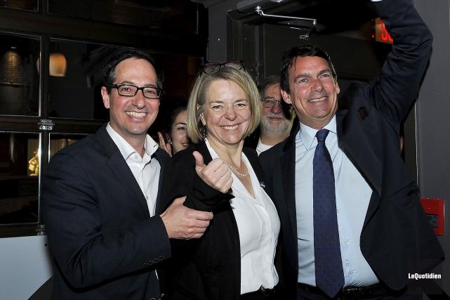 Le député sortant, Stéphane Bédard, et le chef... (Le Quotidien, Rocket Lavoie)