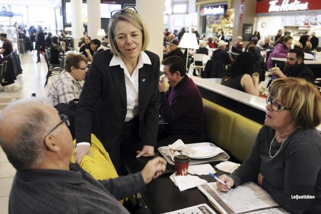Pour sa première journée comme députée de Chicoutimi,... (Photo Le Quotidien, Mariane L. St-Gelais)