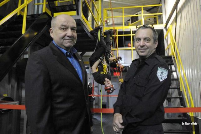 Le directeur général de l'École nationale des pompiers... (Sylvain Mayer, Le Nouvelliste)