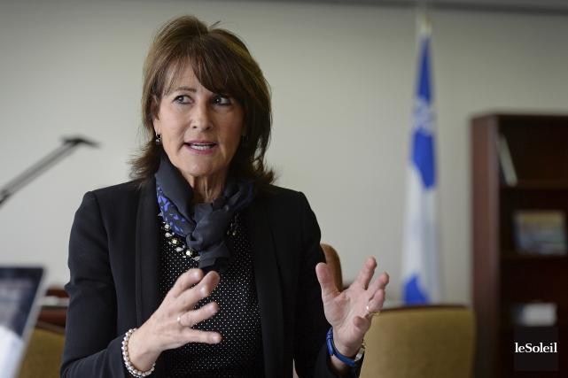 La ministre Kathleen Weil soutient que le Québec... (Le Soleil, Patrice Laroche)