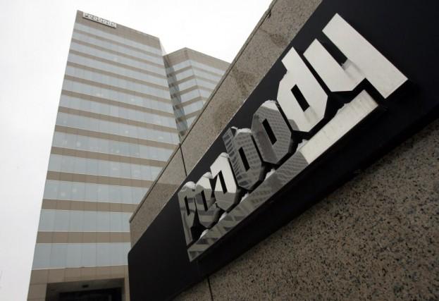 Peabody Energy, qui présentait une dette de 6,3... (Photo Jeff Roberson, AP)