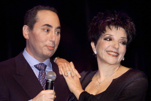 David Gest et Liza Minnelli en 2002.... (PHOTO ARCHIVES REUTERS)