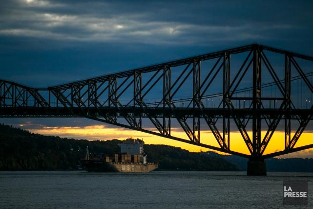 Le Pont de Québec est peut-être laid, a... (PHOTO MARTIN TREMBLAY, ARCHIVES LA PRESSE)