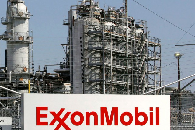 La raffinerie d'ExxonMobil à Baytown, au Texas.... (PHOTO JESSICA RINALDI, ARCHIVES REUTERS)