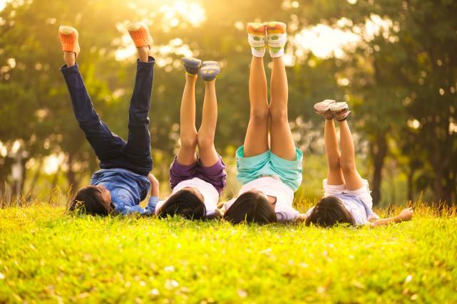 Éducation, santé, revenu, satisfaction à l'égard de leur vie: les enfants sont... (PHOTO THINKSTOCK)