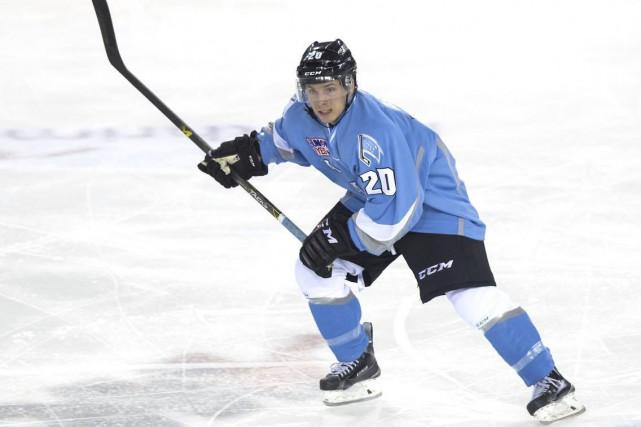 Le hockeyeur coaticookois Janick Asselin passera l'été dans... (Photo fournie)