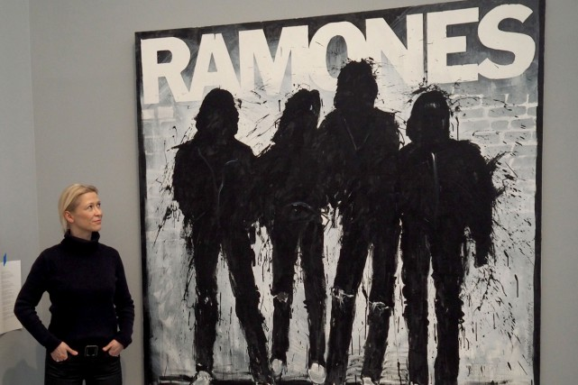 Une affiche de The Ramones présentée au musée... (PHOTO AFP)