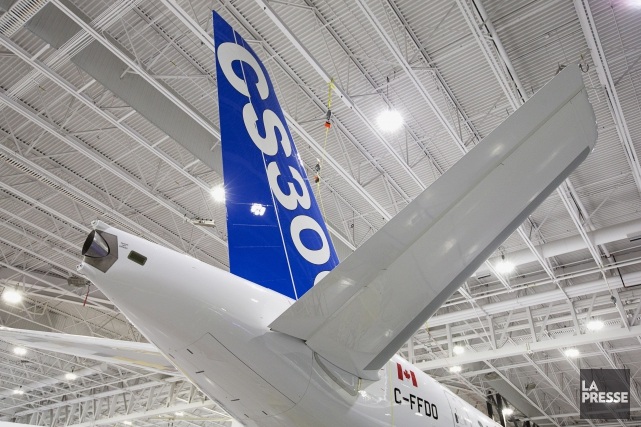 L'avion CS300 de la CSeries de Bombardier... (La Presse, Alain Roberge)