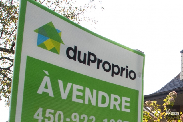 Les courtiers immobiliers lancent un recours collectif contre le service de... (PHOTO MARTIN CHAMBERLAND, ARCHIVES LA PRESSE)