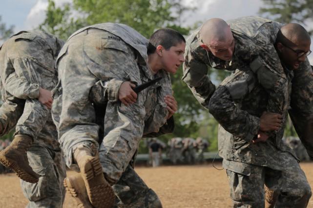 L'armée américaine a annoncé vendredi qu'elle allait élever 22 femmes au rang... (Photo d'archives AFP)