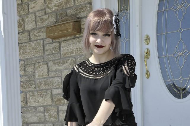 Mélyssa Potvin, alias Broken Doll, porte bien son... (Le Progrès-dimanche, Rocket Lavoie)