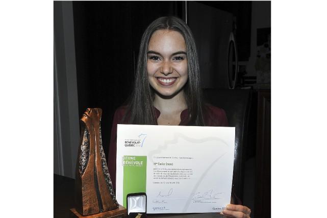 À seulement 17 ans, Émilie Émond a reçu... (Progrès-dimanche, Rocket Lavoie)