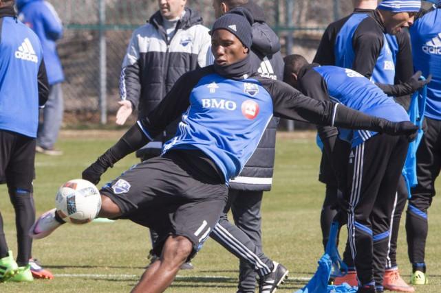 Didier Drogba à l'entraînement vendredi.... (La Presse Canadienne, Ryan Remiorz)