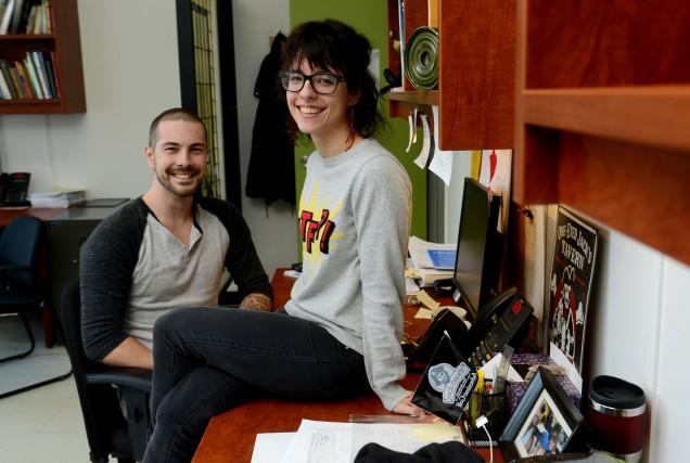 Deux professeurs derrière la Guignolée des cégeps, Keith... (Spectre média, Frédéric Côté)