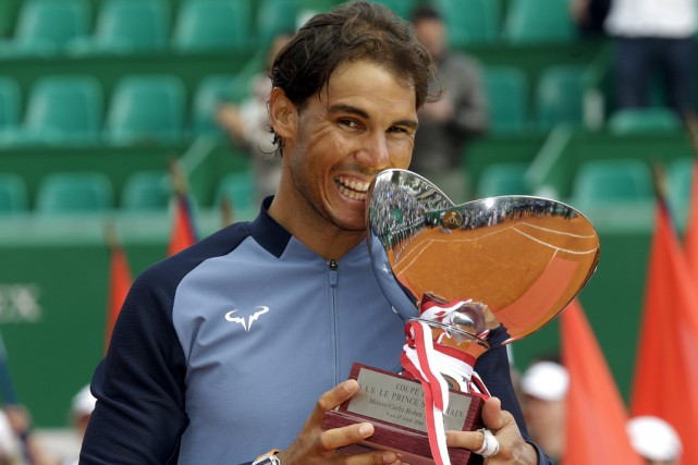 Rafael Nadal a récolté un 28e titre à un... (Associated Press)